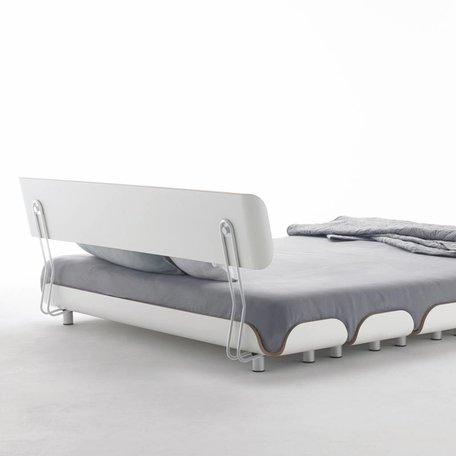 Stadtnomaden Bett:Tiefschlaf  Rückenlehne 160 cm