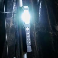 Shada Oplaadbare LED Zaklamp 3W - 300lm