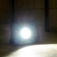 Shada Oplaadbaar LED werklamp + speaker - 25W - 4000lm