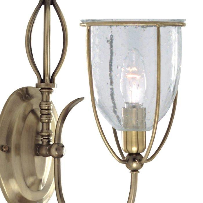 Classico - Ornate Seeded Glass Single Wall Light
