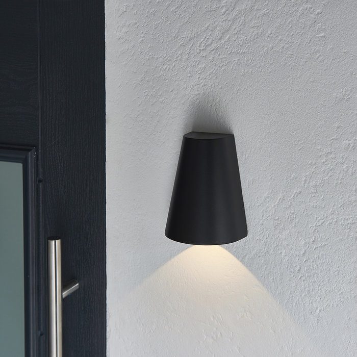 Helm - Outdoor LED Wall Light