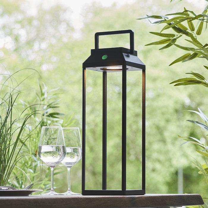 Linterna - Large Solar-Powered Outdoor Table Lamp