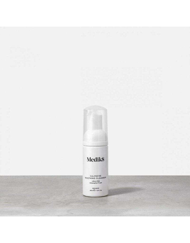 Medik8 Calmwise Soothing Cleanser / Red Alert Cleanse 40 ml