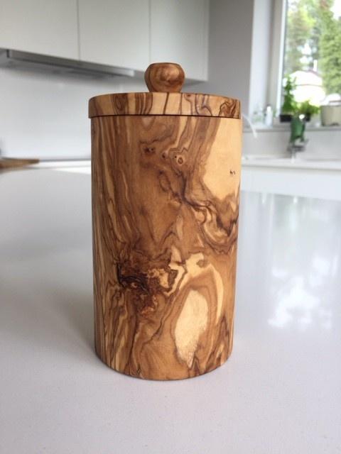 Kruidenpot uit olijfhout-2