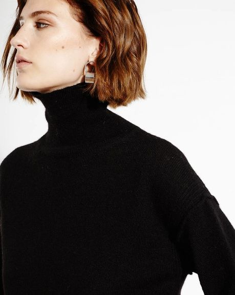 Leah Alpaca Roller / black