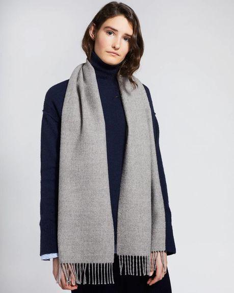 Karin small alpaca scarf / light grey