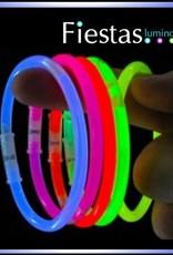 Pack: 100 glow bracelets, + 100 connectors.