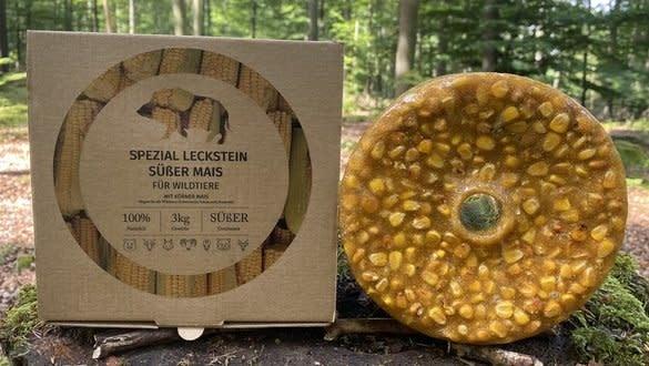 Wildlutscher Spacial Bait Lick Sweet mit Maiskernen
