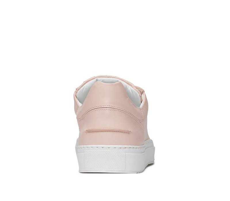 Betty Low sporty pinkish nude