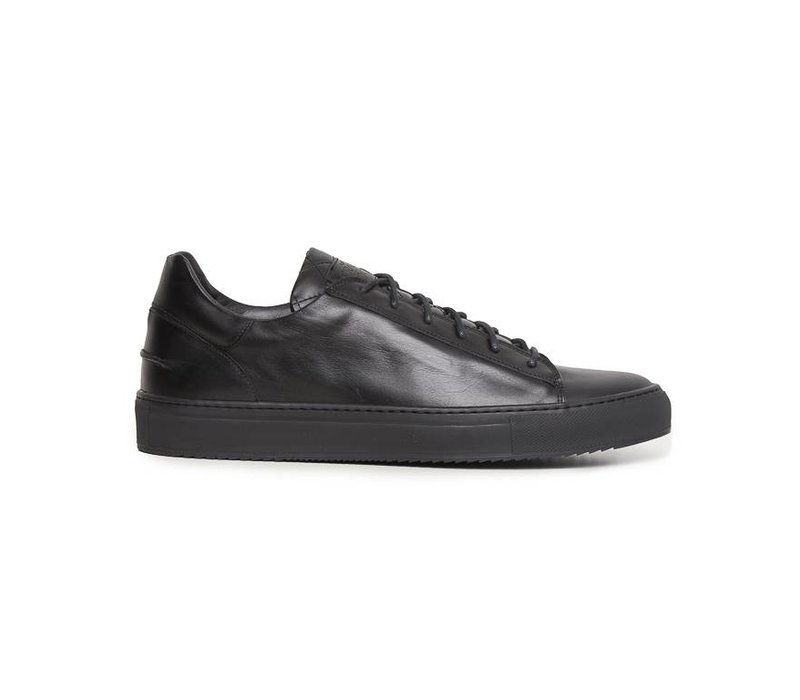 Mario Low sporty all black