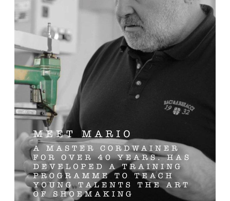 Mario Low refined Black w/ white