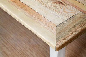 FraaiBerlin Tisch aus Bauholz im Landhausstil Susanne
