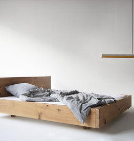 FraaiBerlin Altholz Eichen Bett Lussan mit Lehne