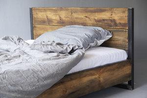 FraaiBerlin Bett aus Bauholz Verdon/Lussan  mit Lehne