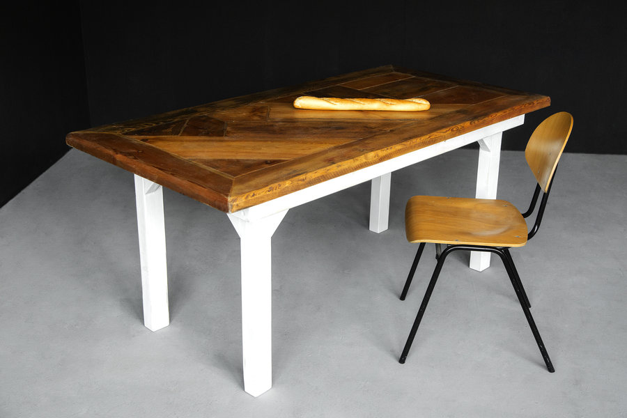 FraaiBerlin Landhaustisch aus Bauholz Freek/Malka