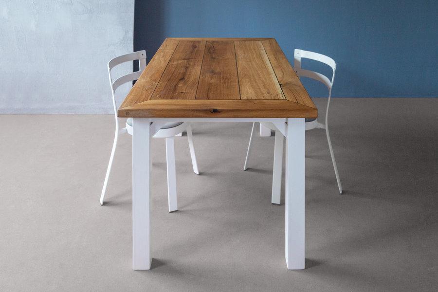 FraaiBerlin Landhaustisch aus Altholz Eiche und Bauholz Jasmijn/Daan