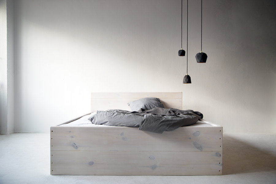 FraaiBerlin Bauholz Bett Changy white washed