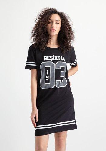 Beşiktaş College Dress 8919250