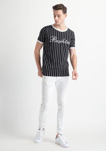 BEŞİKTAŞ MODERN COLLEGE ERKEK T-SHIRT 7919121 Siyah
