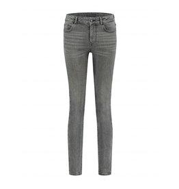 NIKKIE Grijs Nikkie Betty Skinny Jeans