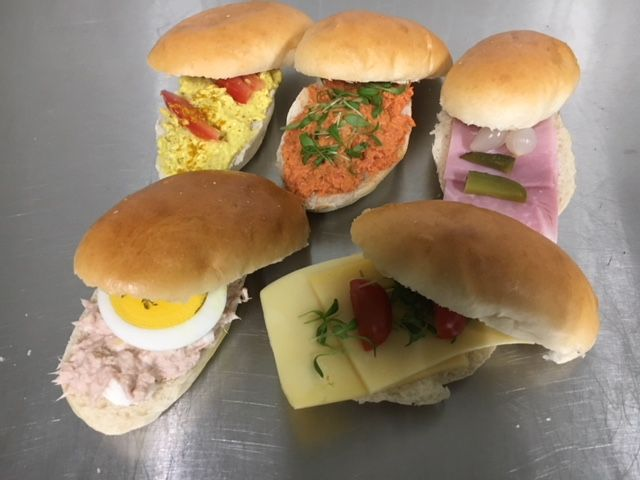 Grote sandwiches -  Classic beleg - per 5st