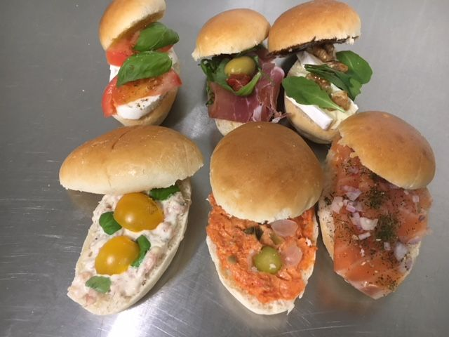 Grote sandwiches -  Luxe beleg - per 6st
