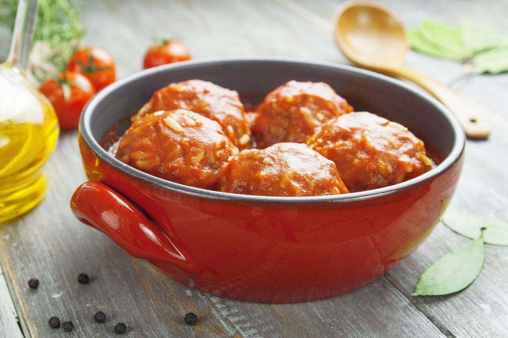 Ballletjes in tomatensaus - kindergerecht - keuze uit verse kroketten / gratin dauphinois / puree