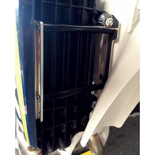 AXP KŸhlerschutz CRF250 '14-15 RODE SPACERS
