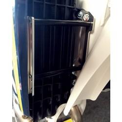 Radiator bescherming KXF250 '10 ZWARTE SPACERS