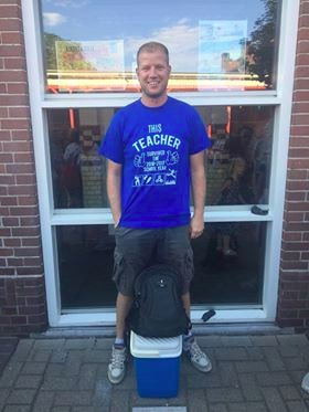 T-shirt this teacher survived school year 2016-2017 met the floor is lava
