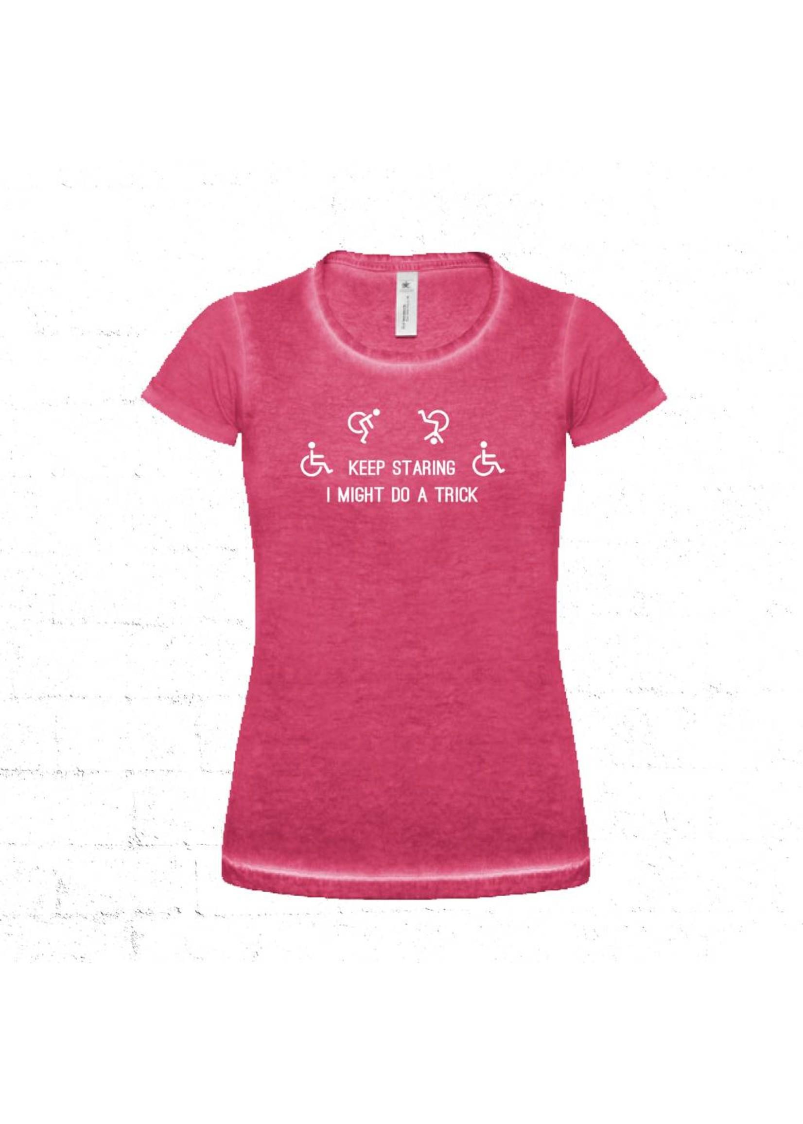 Keep staring rolstoel t-shirt - roze