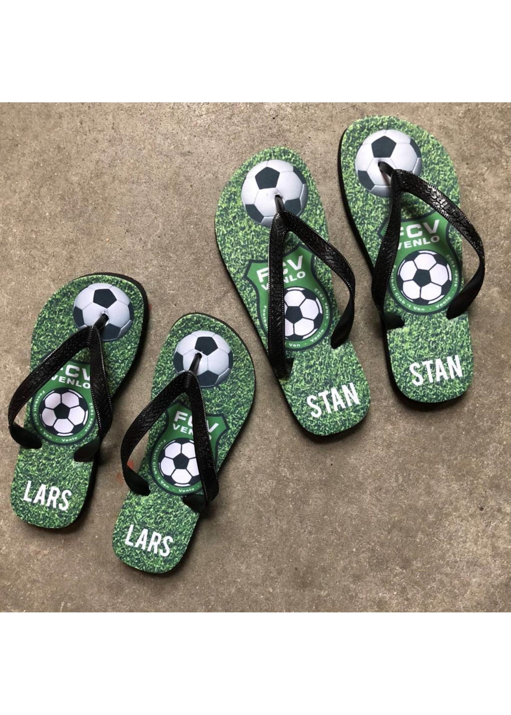 Slippers met het logo van je club