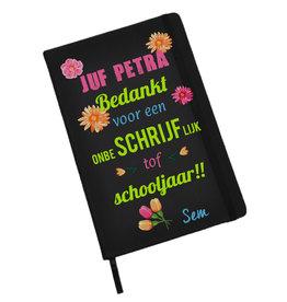 Bedankt juf notitieboekje (A5) met naam en bloemen