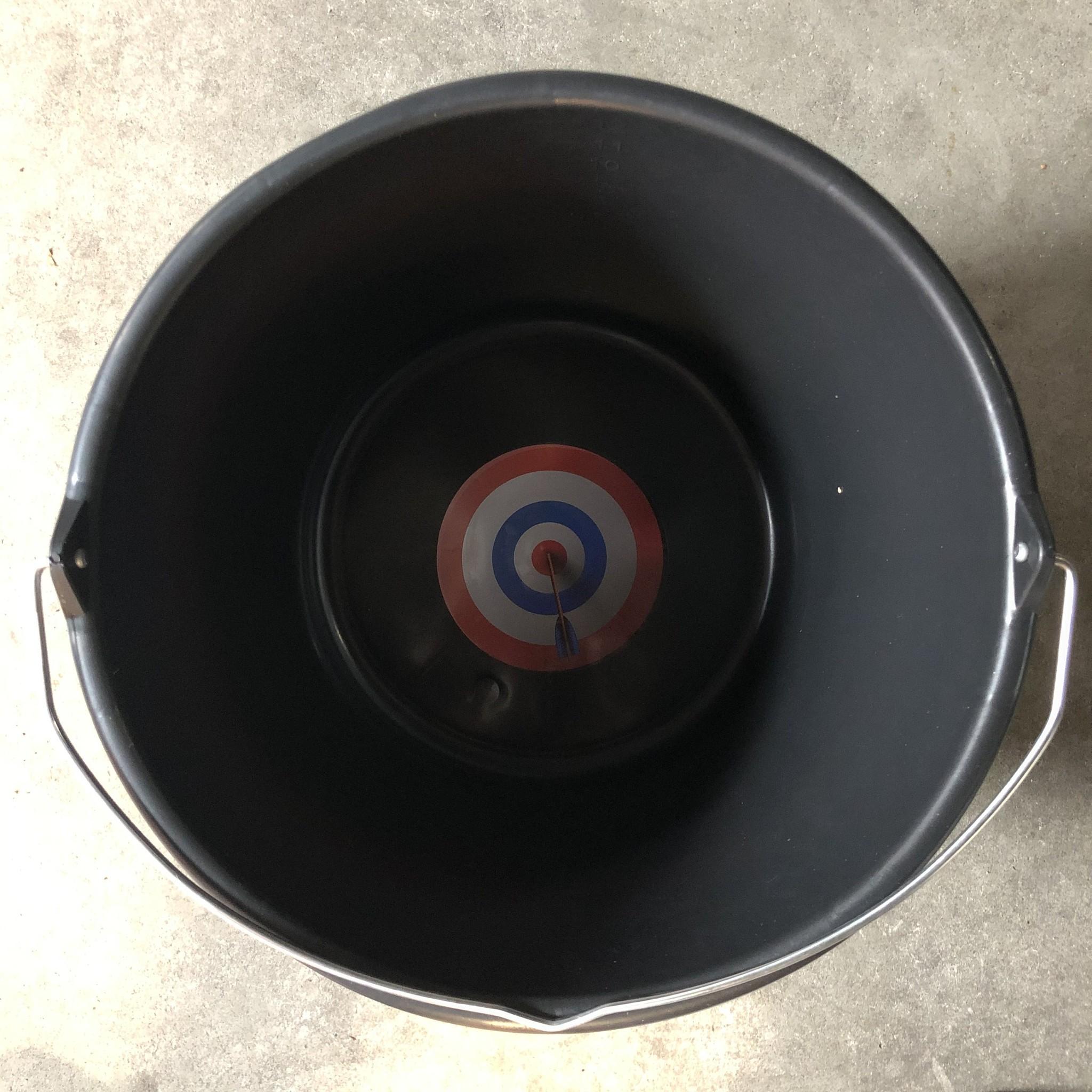 Kotsemmer met naam en bullseye
