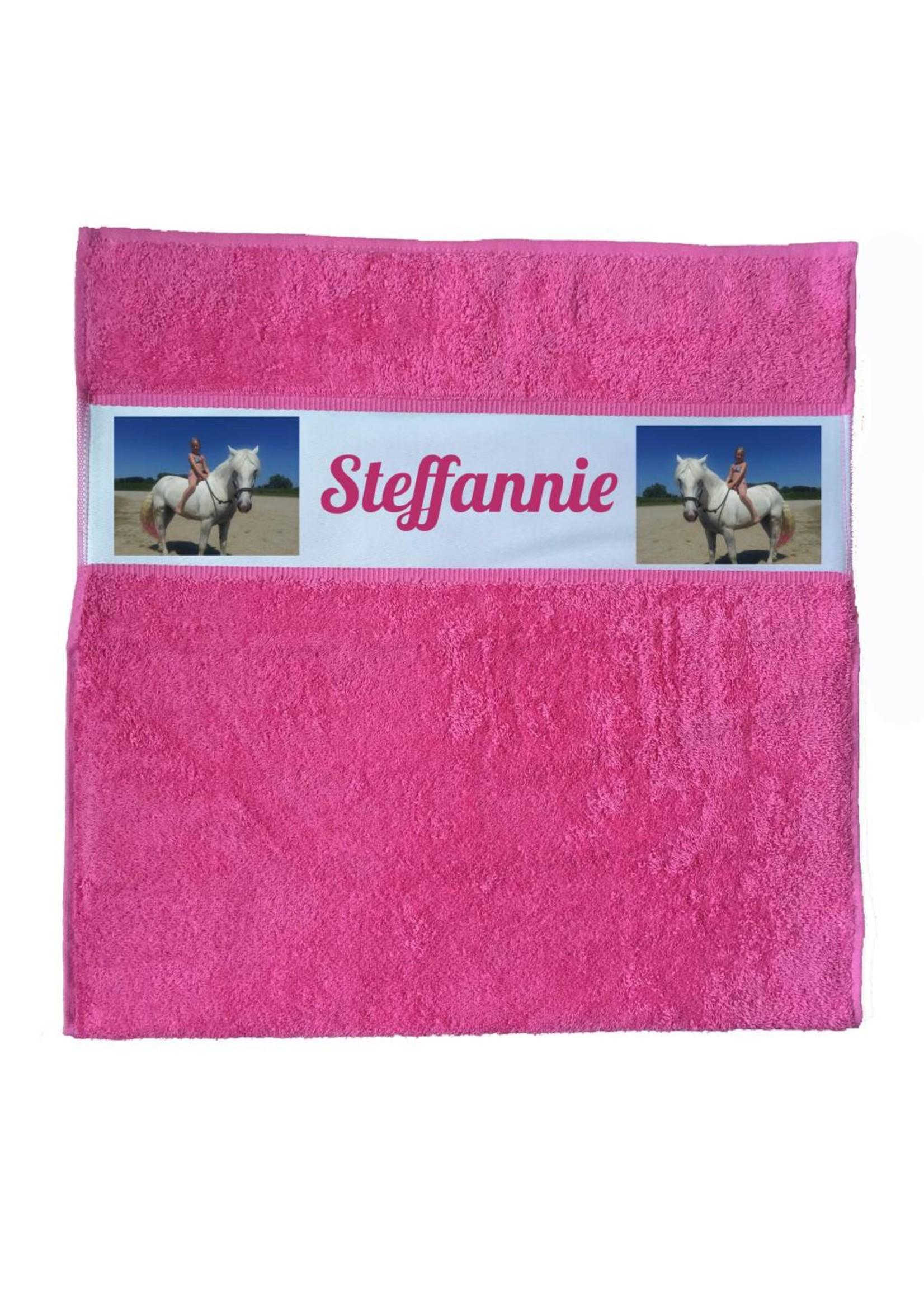 Handdoek met eigen logo of afbeelding