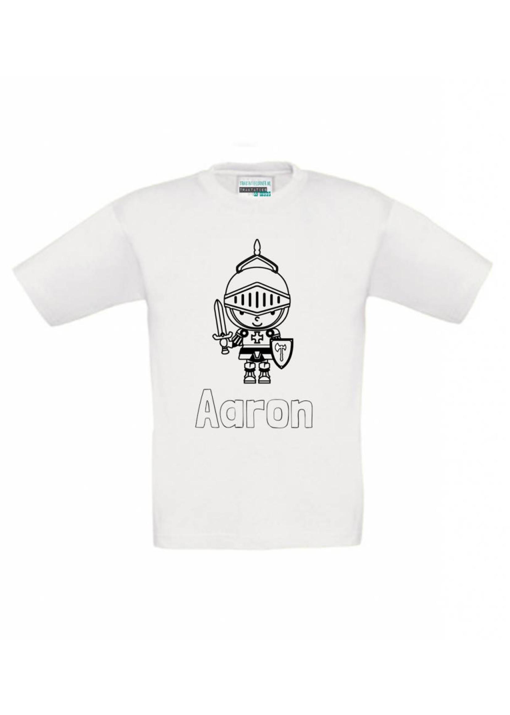 Kleur je eigen t-shirt met naam - ridder