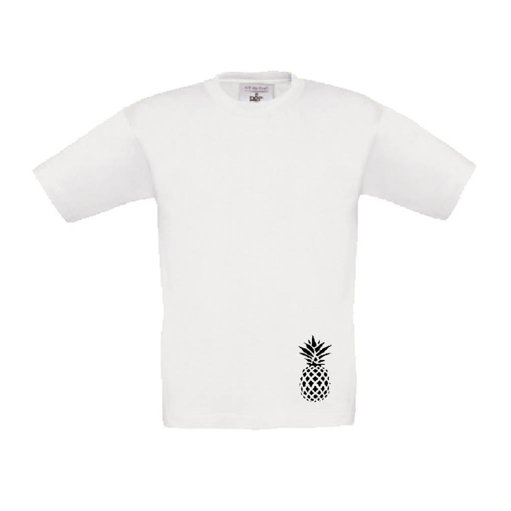Wit t-shirt met kleine ananas - handig voor de gymles
