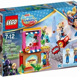 Lego Lego 41231 Harley Quinn schiet te hulp