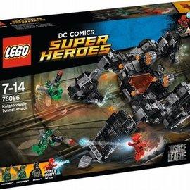 Lego Lego 76086 Knightcrawler tunnelaanval