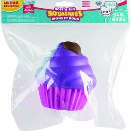 Squishy Squishy Hazelnoot Cupcake