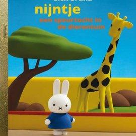 Boek Nijntje - Een speurtocht in de dierentuin
