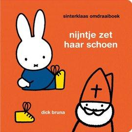 Boek Nijntje - Sinterklaas omdraaiboek (2 verhaaltjes)