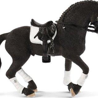 Schleich Schleich 42457 Friese hengst paardenwedstrijd
