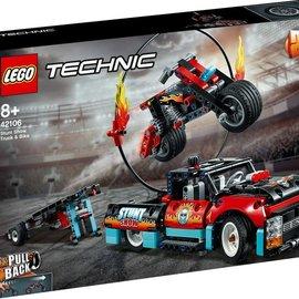 Lego Lego 42106 Truck en motor voor stuntshow