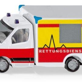 Siku Siku Ambulance (1536)