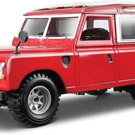 Bburago Bburago Land Rover Series II 1:24