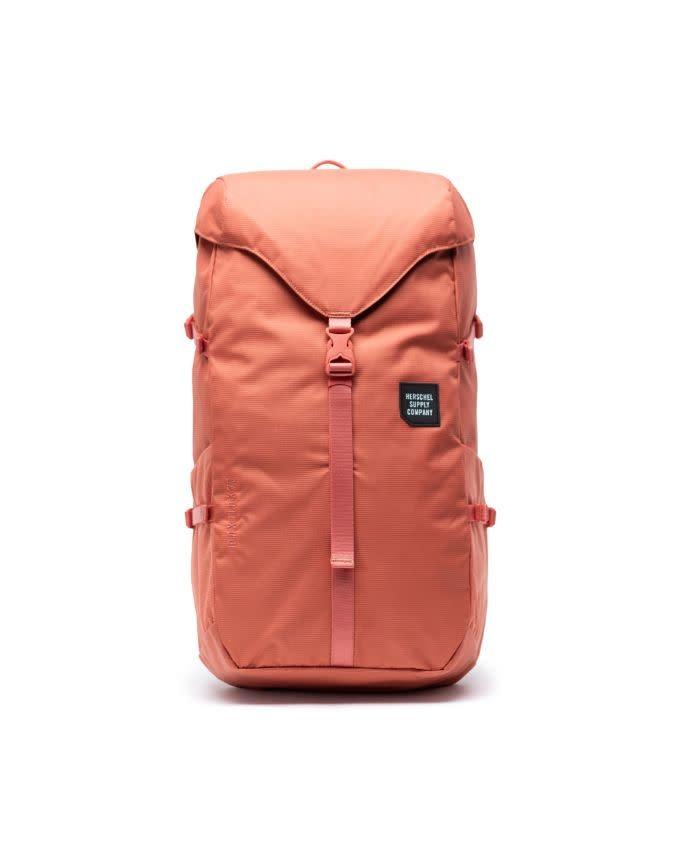Mammoth Backpack | Medium | Apricot Brandy