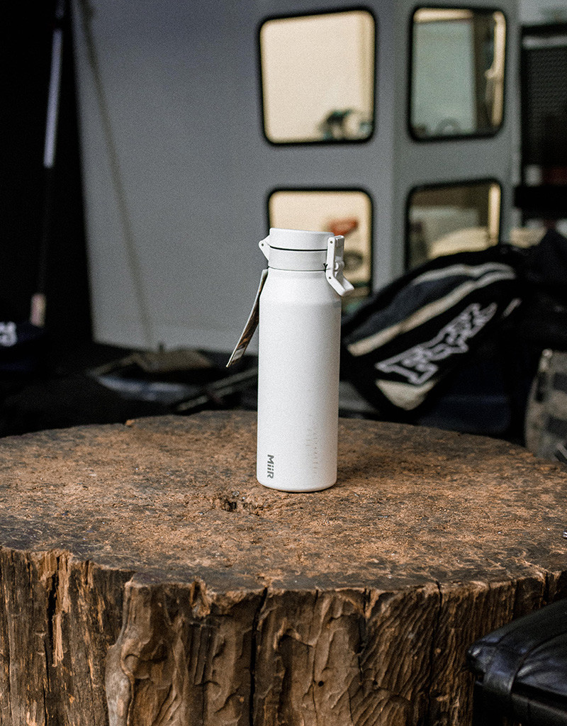 MiiR VI Howler White - 946ml (32oz) - Adventure Tested