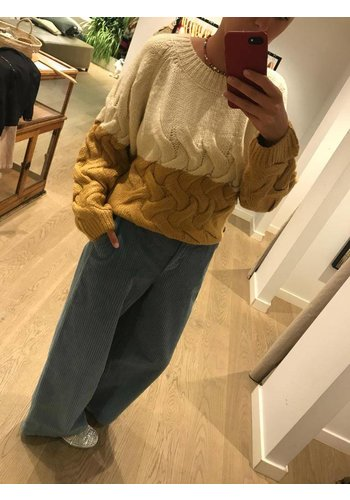 Le Streghe Trousers Big Corduroy