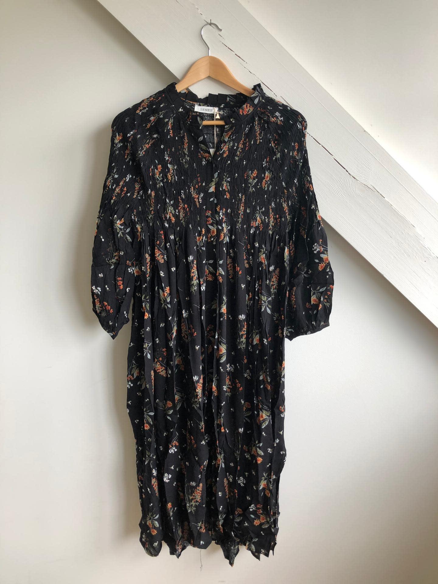 Dress Flowers Black/Multi Flowers